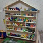 полка-домик для игрушек