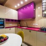 полки в кухне фиолет