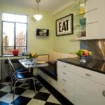 кухня с фисташковыми стенами
