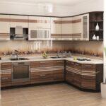 кухонный гарнитур полосатый