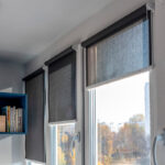 рулонные шторы серые прозрачные