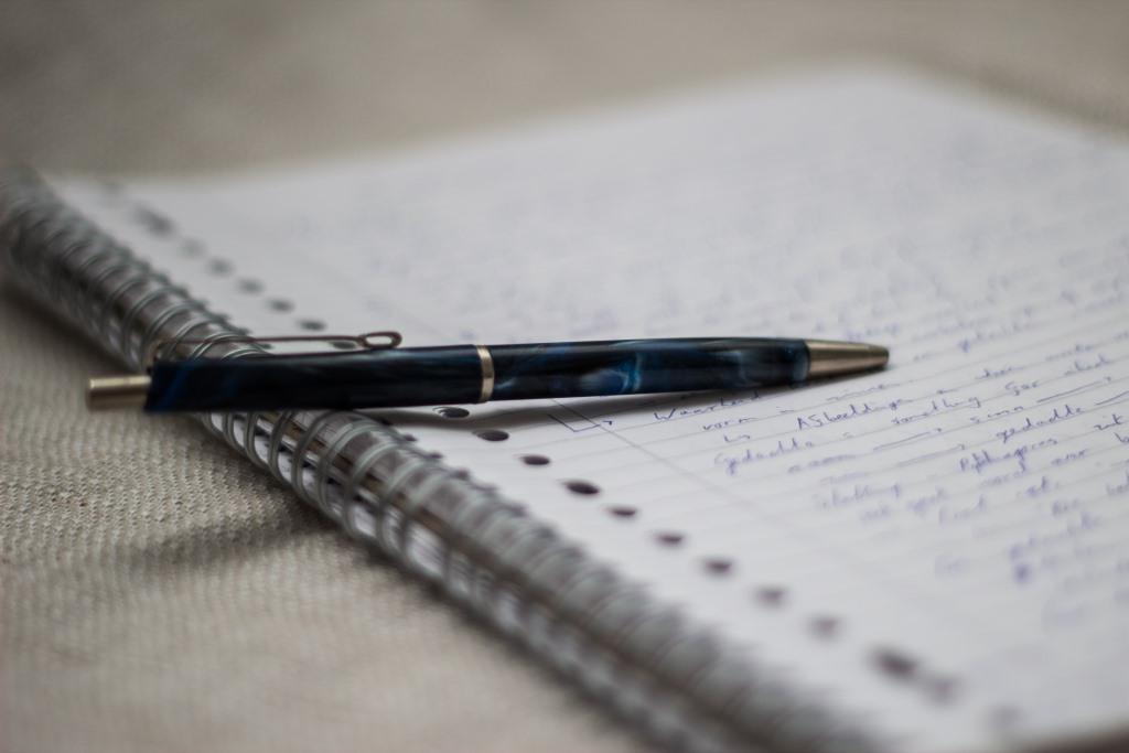 ручка бумага фото