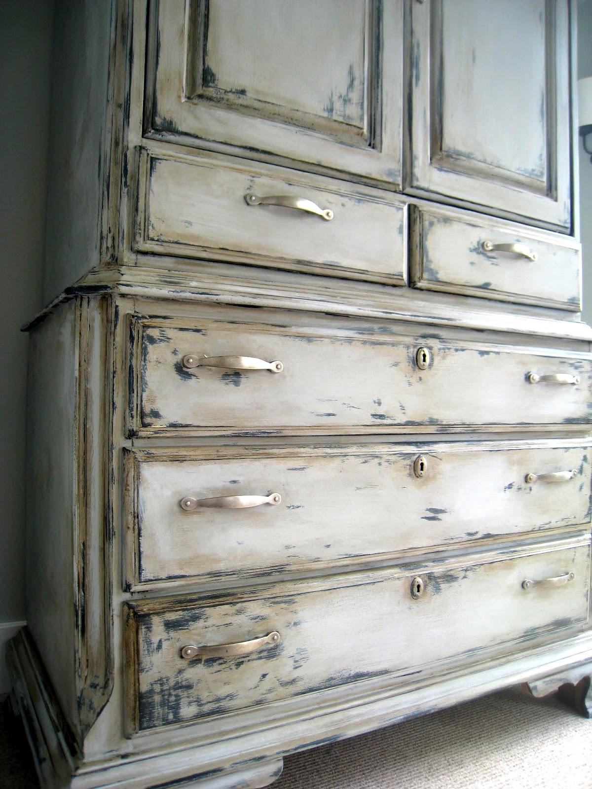шкаф под старину