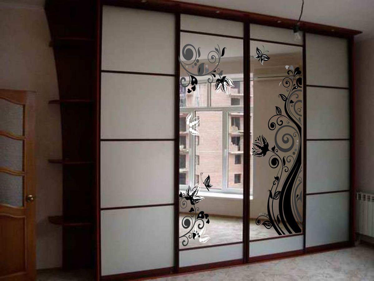 Неглубокие зеркальные шкафы купе в прихожую фото болгарии разразился