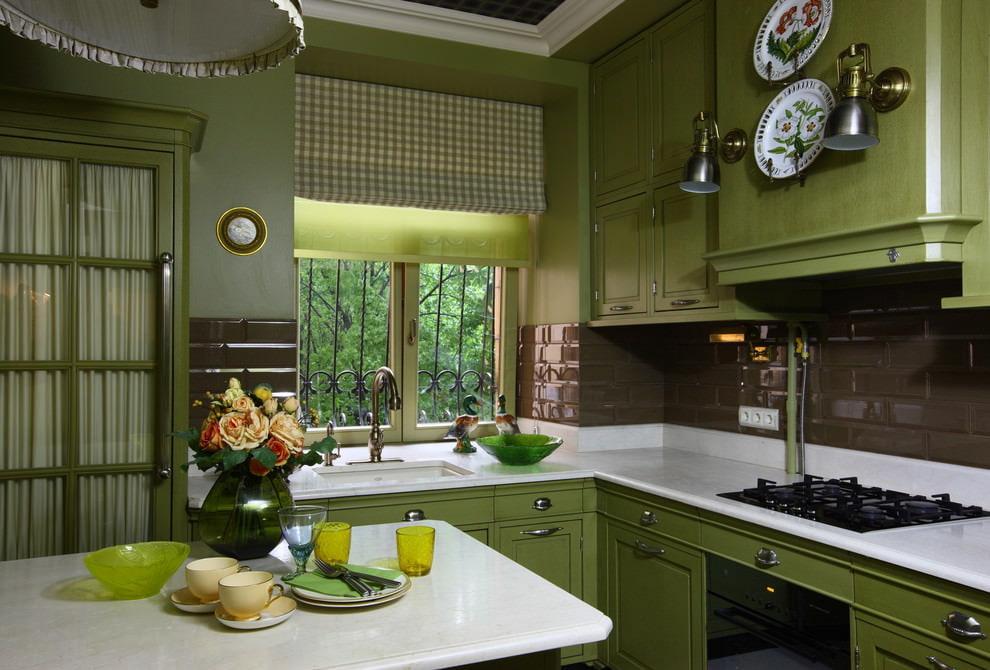 шторы для маленькой кухни дизайн фото