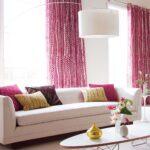 шторы малиновые в гостиной