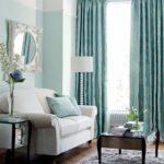 мятные шторы в гостиной