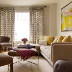 гостиная в минимализме со шторами