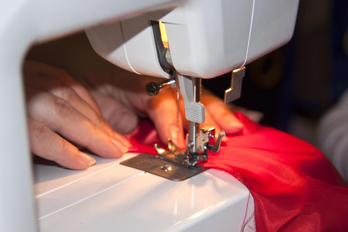 сшивание на машинке
