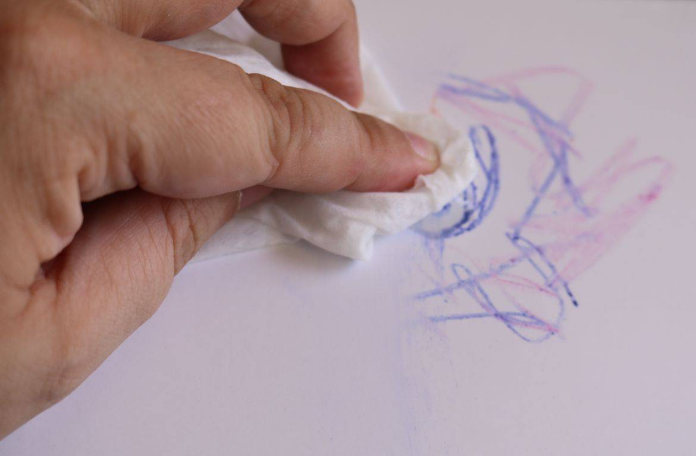 стереть ручку с бумаги