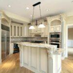 стол остров для кухни интерьер фото