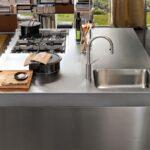 стол остров для кухни декор