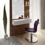 столик для макияжа с зеркалом фото интерьер