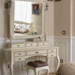 столик для макияжа с зеркалом фото идеи