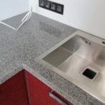 стык кухонной столешницы идеи отделки