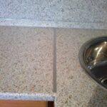 стык кухонной столешницы фото варианты
