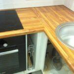 стык кухонной столешницы идеи варианты