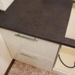 стык кухонной столешницы дизайн фото