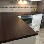 стык кухонной столешницы фото дизайн