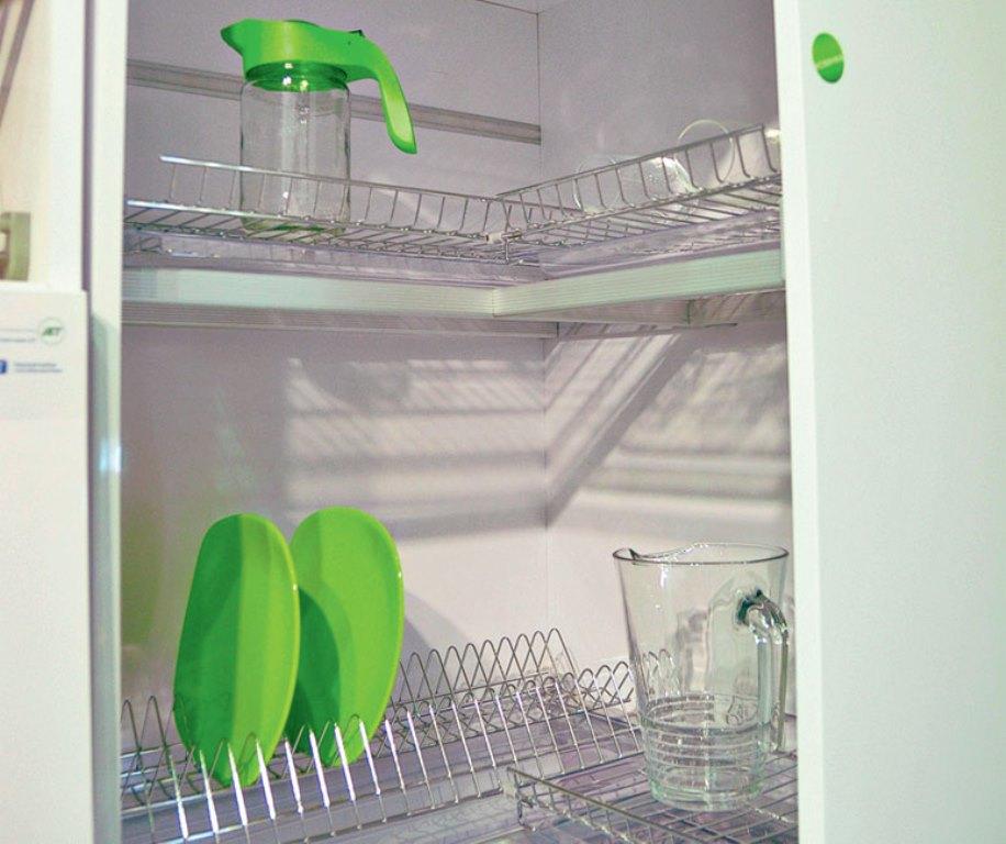 угловая сушилка для посуды фото идеи