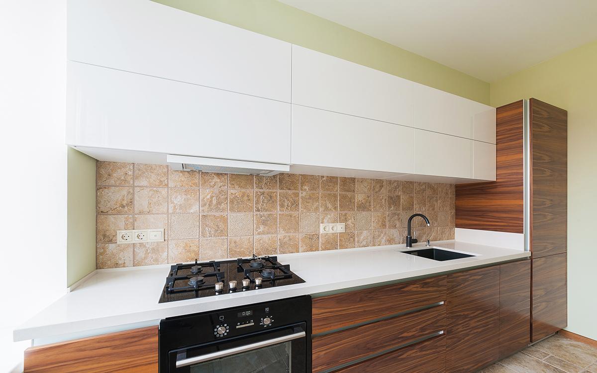 фото кухонь со встроенной вытяжкой губернатор