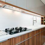 встроенная вытяжка для кухни фото дизайна