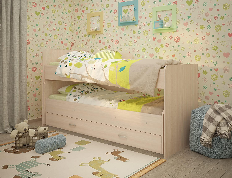 кровать из деревянного массива