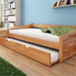 выдвижная кровать из деревянного массива