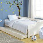 выдвижная кровать с деревом