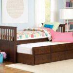 выдвижная кровать коричневая