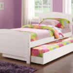 выдвижная кровать в пастельных тонах