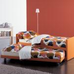 выдвижная кровать веером