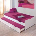 выдвижная кровать малиновая