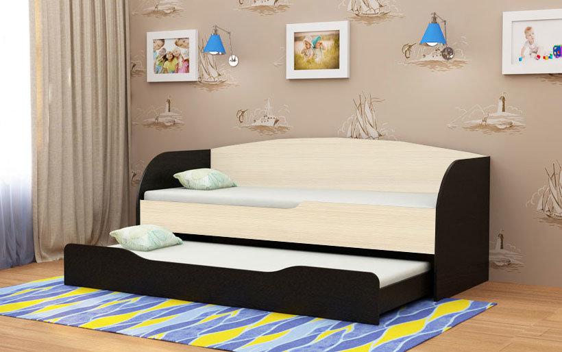 двуъхъярусная кровать со скрепленным механизмом