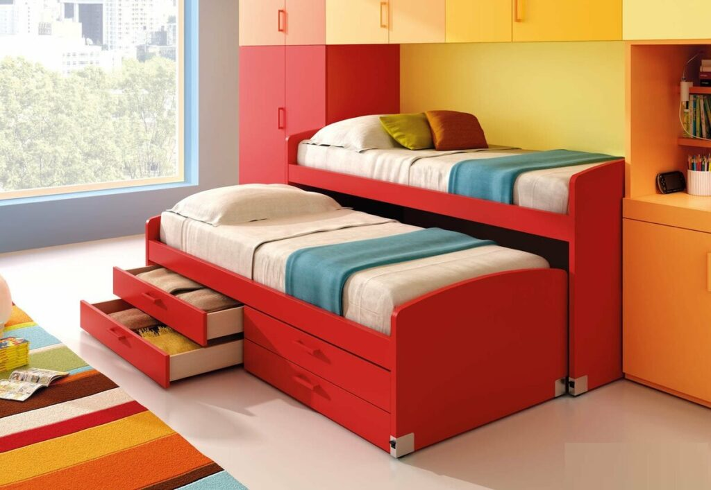 двухъярусная кровать со шкафами