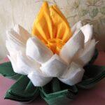 цветы из салфеток обзор