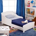 белая кровать для подростка