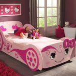 розовая детская кровать для девочки