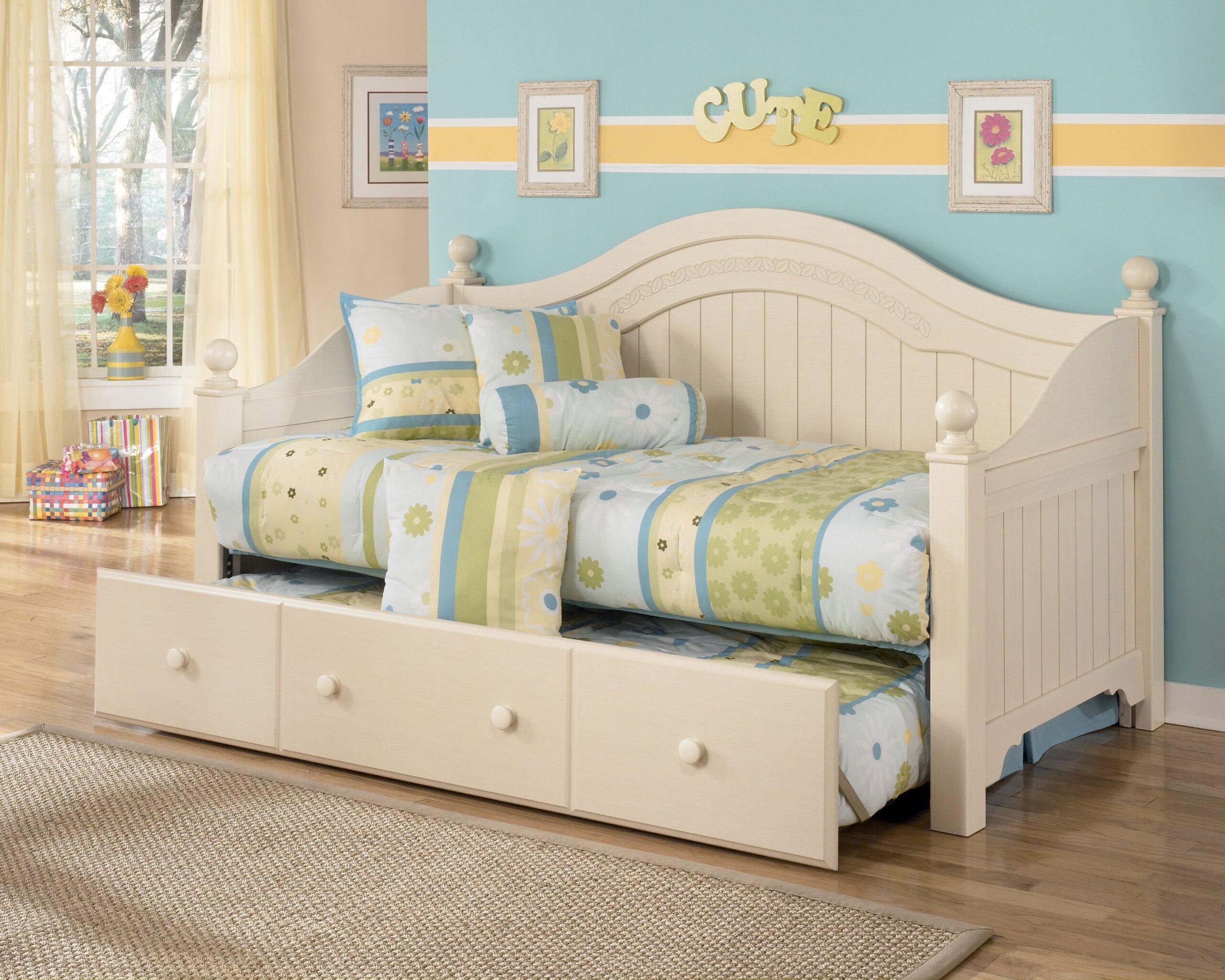 детский диван кровать декор фото
