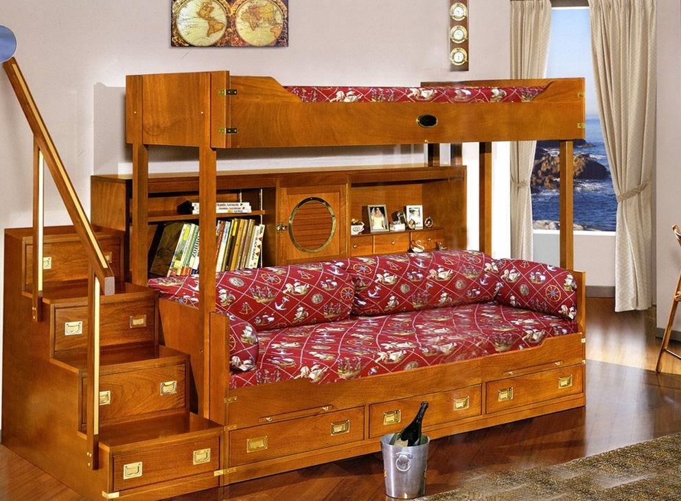 деревянная кровать-диван
