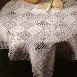 филейная салфетка скатерть с треугольниками