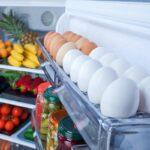 хранение яиц в холодильнике фото