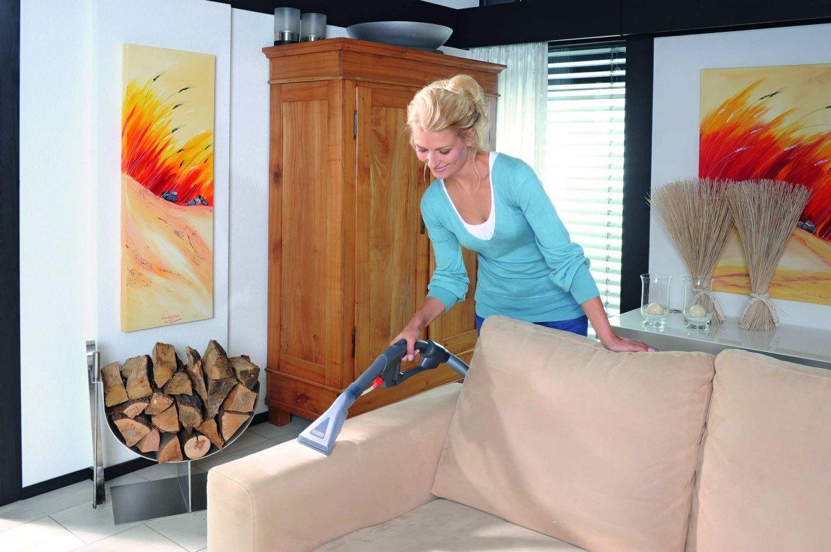 чистить мягкую мебель