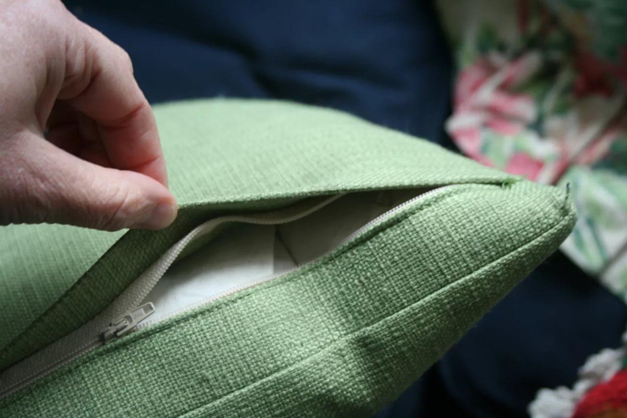 как вшить молнию в наволочку для подушки