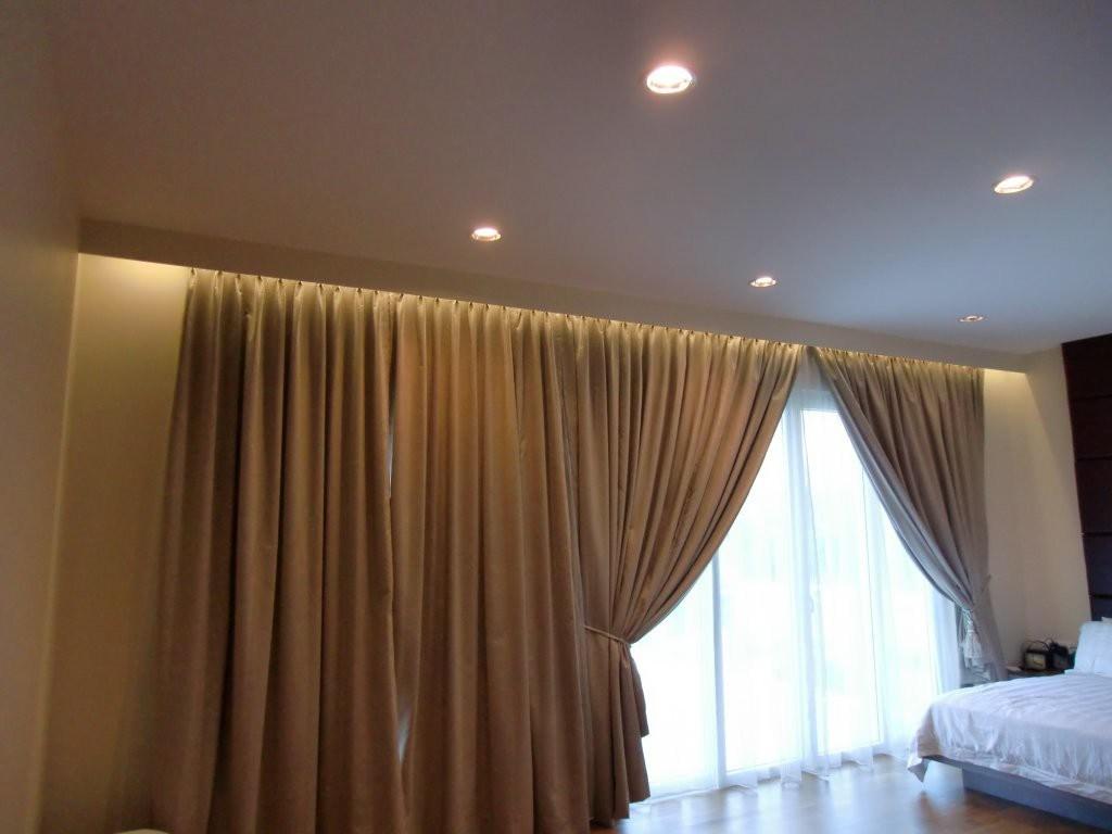 карниз для штор с натяжным потолком подсветка