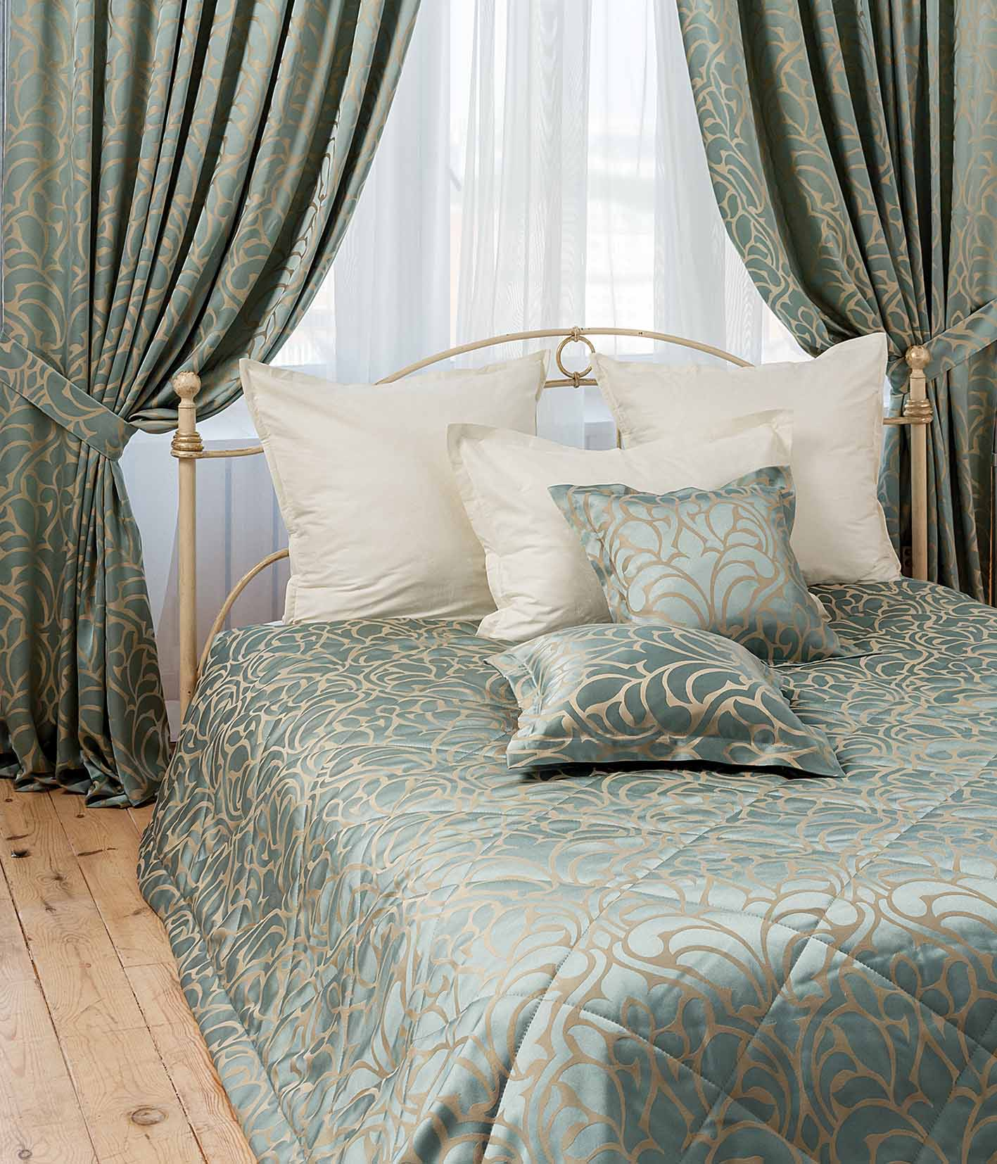 покрывало и шторы для спальни