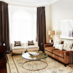 коричневый диван декор идеи
