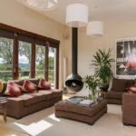 коричневый диван фото оформление