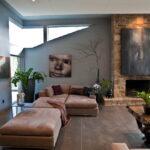 коричневый диван идеи оформления