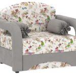кресло-кровать с узором